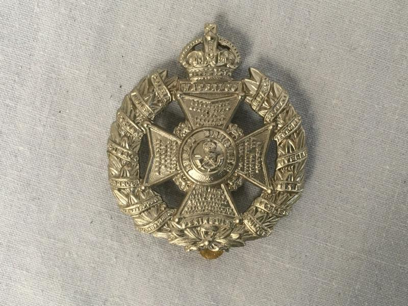 RIFLE BRIGADE CAP BADGE